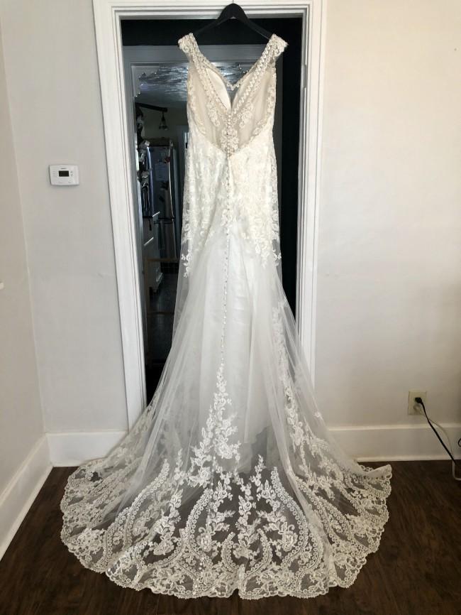 Allure Bridals 9513