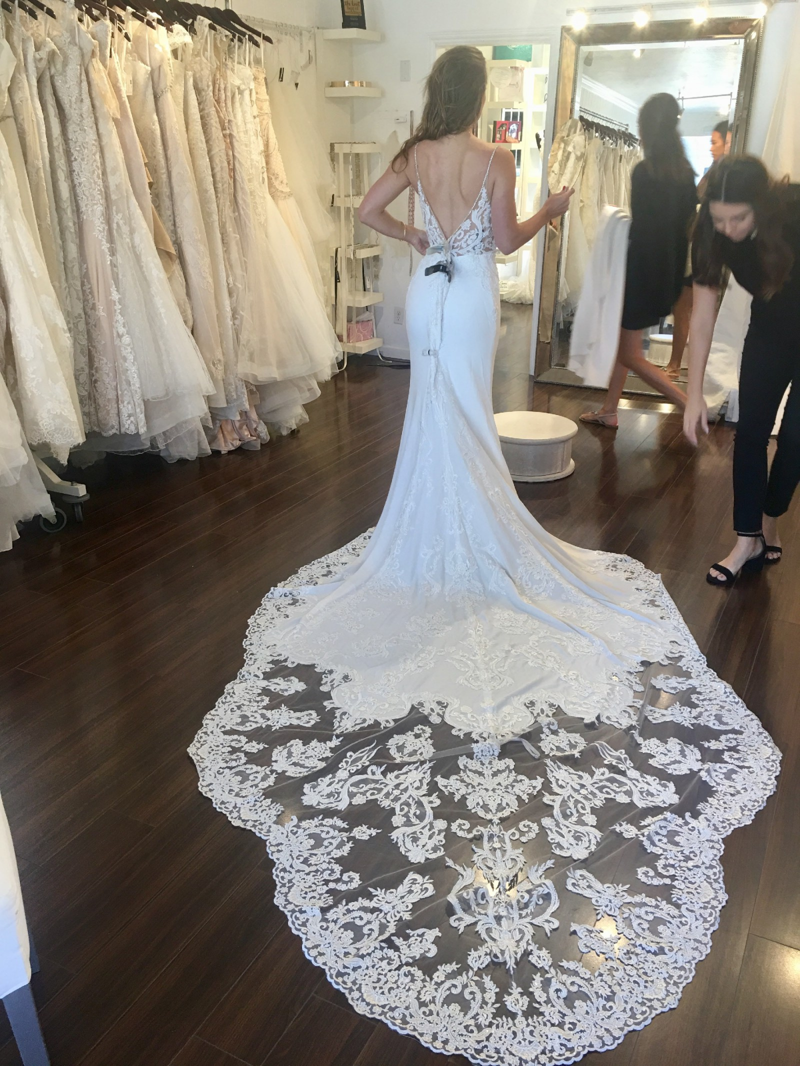 Enzoani Mckinley New Wedding Dress On Sale 42 Off