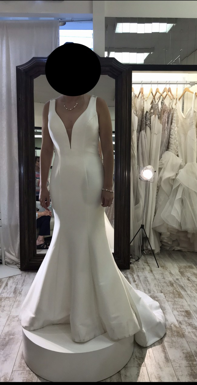 Allure Bridals Style 9451