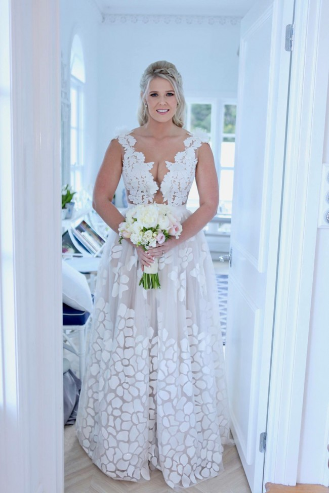 Nurit Hen Ivory & White Collection