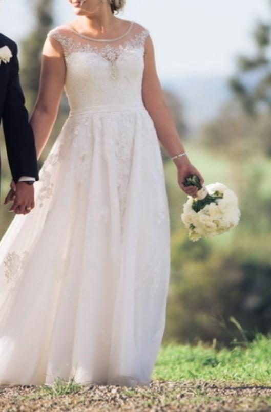 Allure Bridals, Satine