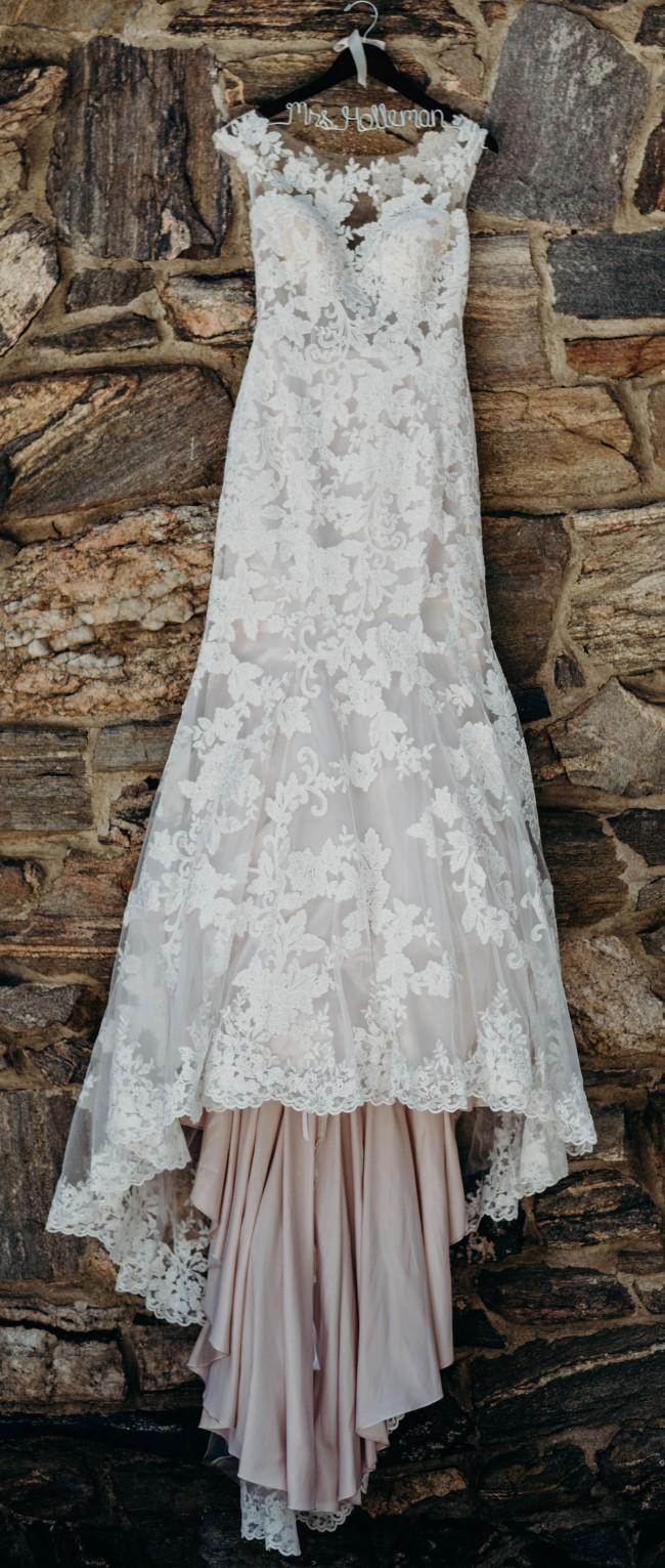 Allure Bridals 9942