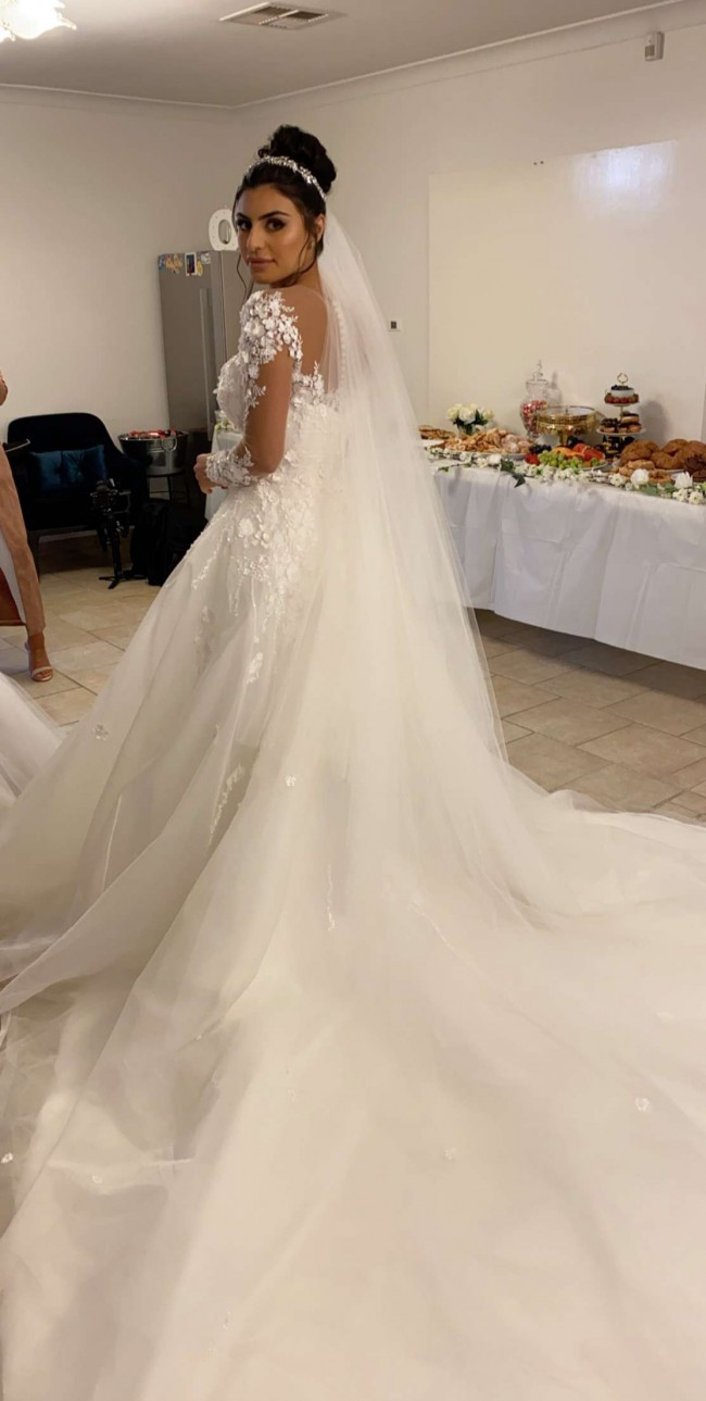 Ikeu Couture, Ball Gown