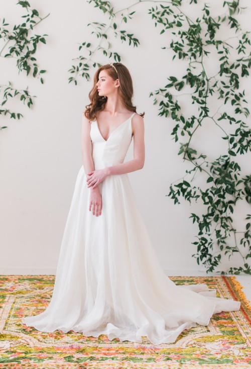 Elizabeth Dye, Lindsay