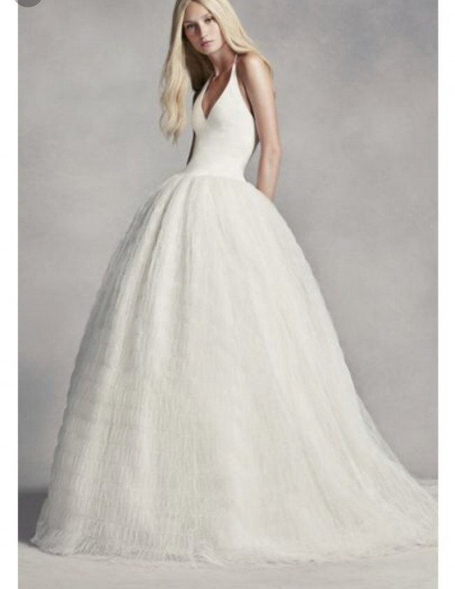 Vera Wang, Halter Tulle Wedding Dress