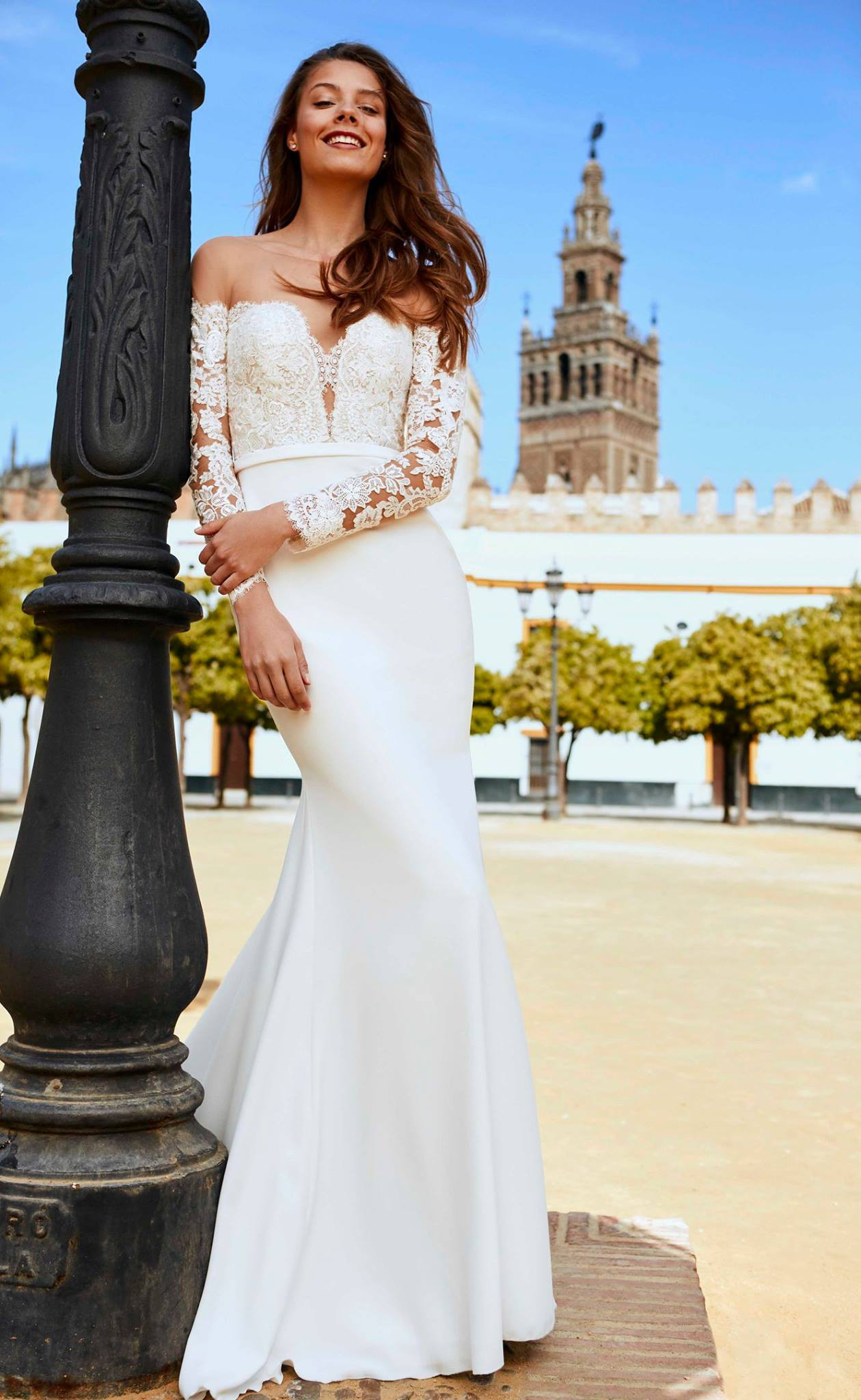 35e912a81e0e Pronovias Dracma Second Hand Wedding Dress on Sale - Stillwhite United  Kingdom