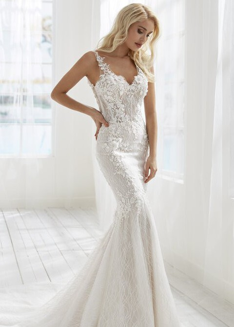 Randy Fenoli Blossom; Beautiful Beginnings Collection