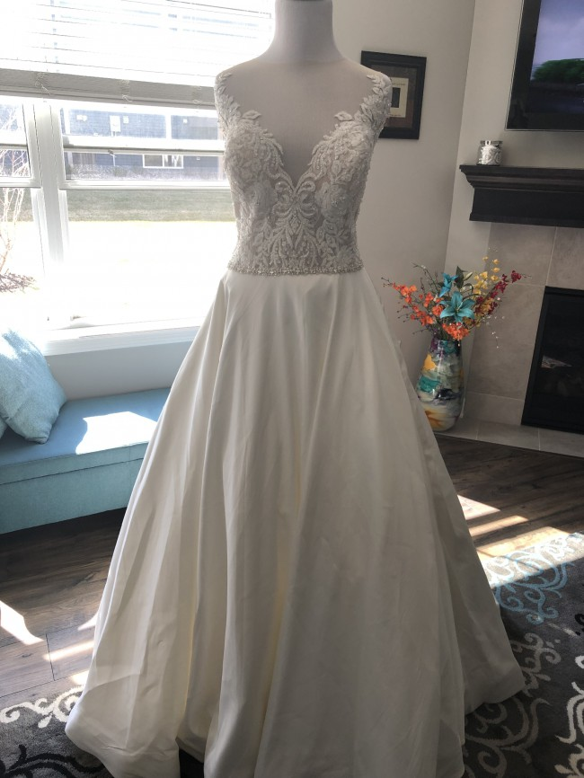 Allure Romance Style Number: 3112