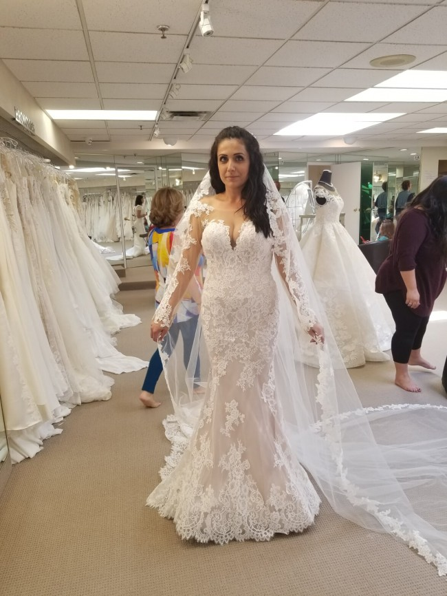 Allure Bridals, 9506