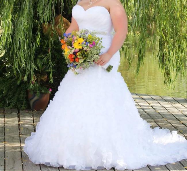 Allure Bridals, 2404
