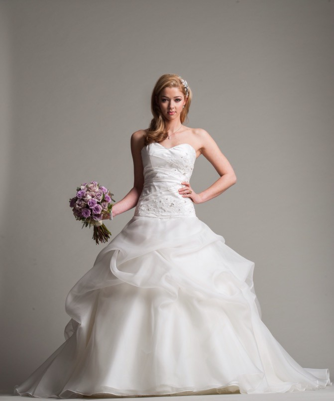 Angela Vickers The One Sample Wedding Dress on Sale 80% ...
