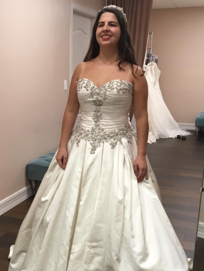 Allure Bridals 9003