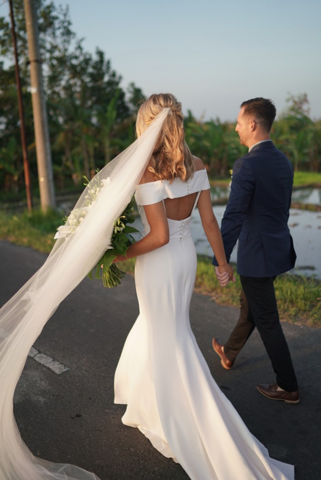 One Day Bridal, Violet gown