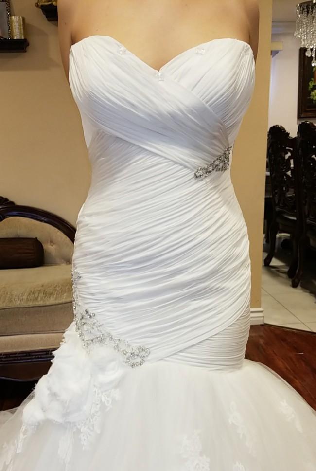Enzoani, Enzoani Couture wedding dress