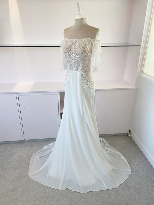 Flora Bridal Eve - with Sleeves