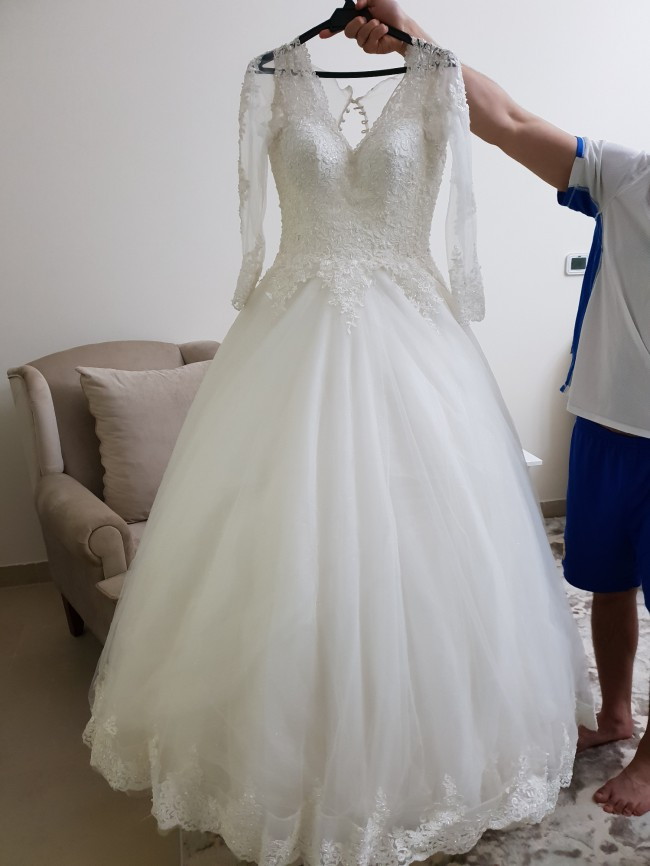 Lynda's Bridal, Ball Gown wedding dress