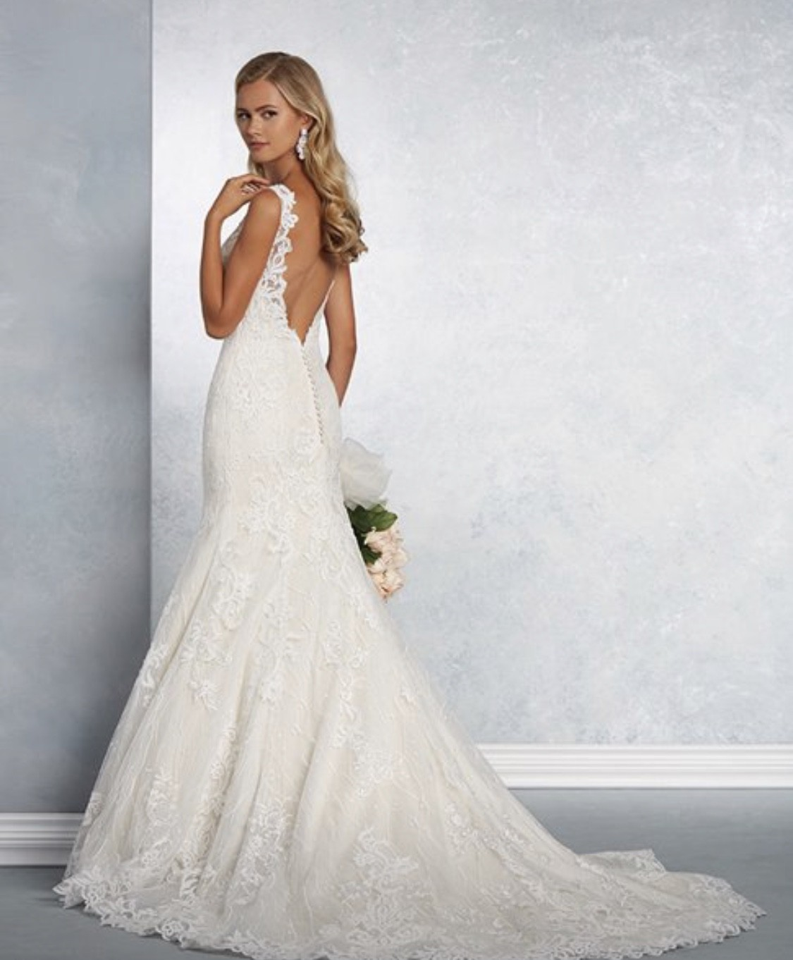 Alfred Angelo: Alfred Angelo New Wedding Dress On Sale 71% Off