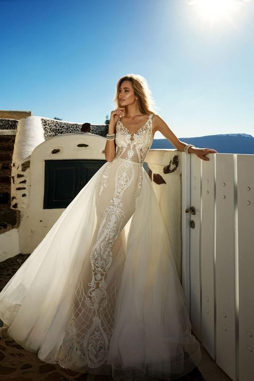 Eva Lendel, Tailer Dress