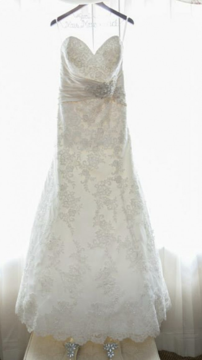 Allure Bridals W331