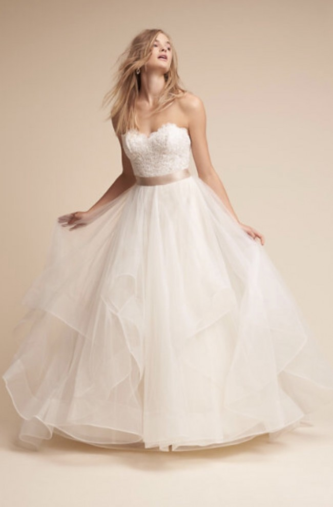 BHLDN, Rowena