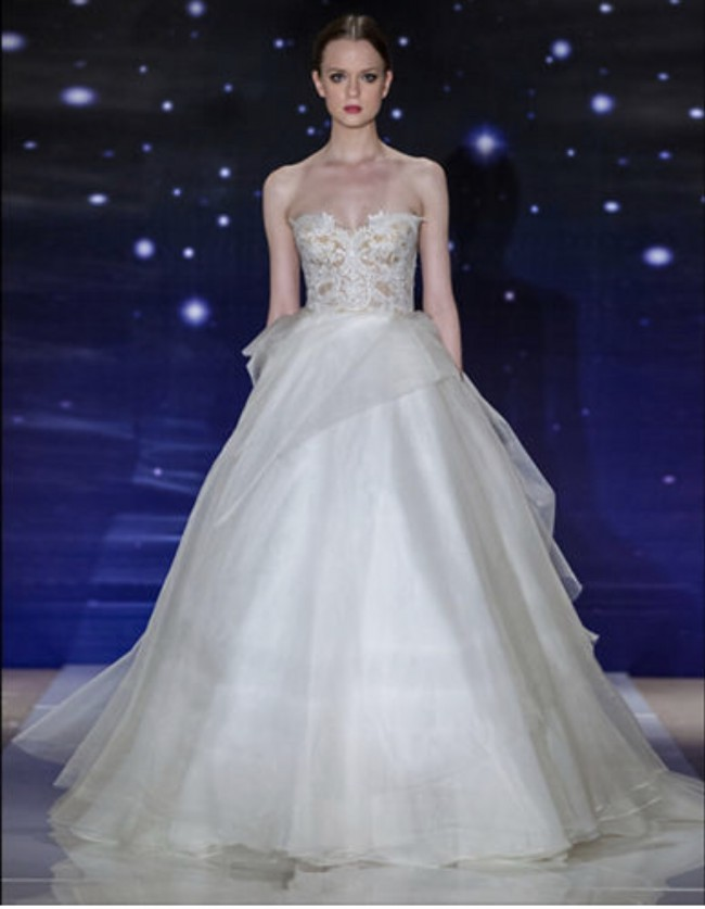 Reem Acra She's Wonderful
