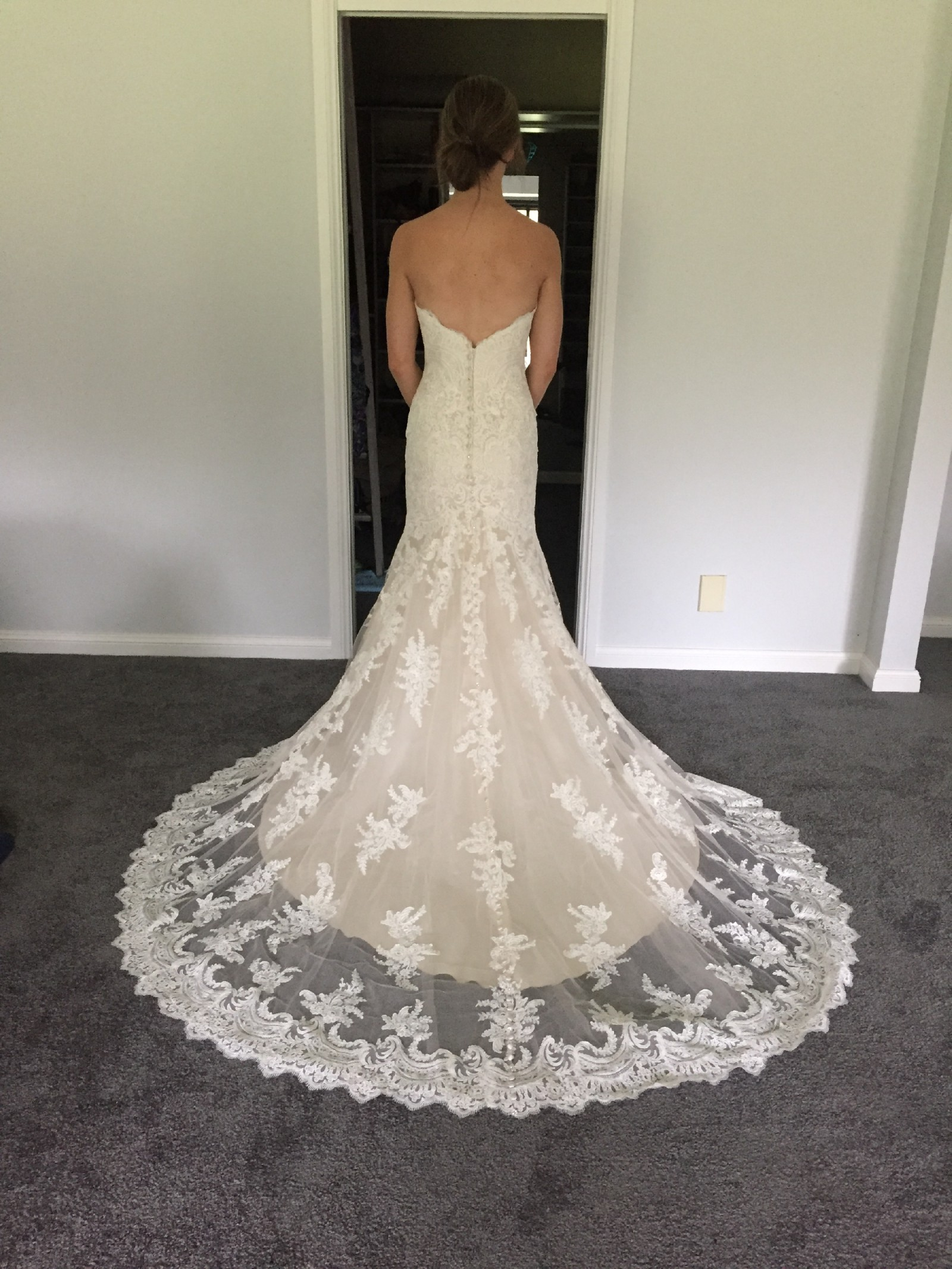 1a9f4f608ca46 Allure Bridals Style 9250 Second Hand Wedding Dress on Sale 58% Off -  Stillwhite Australia