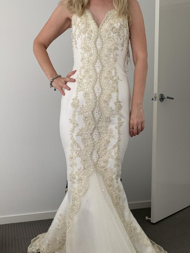 Barbra Calabro, Amira gown