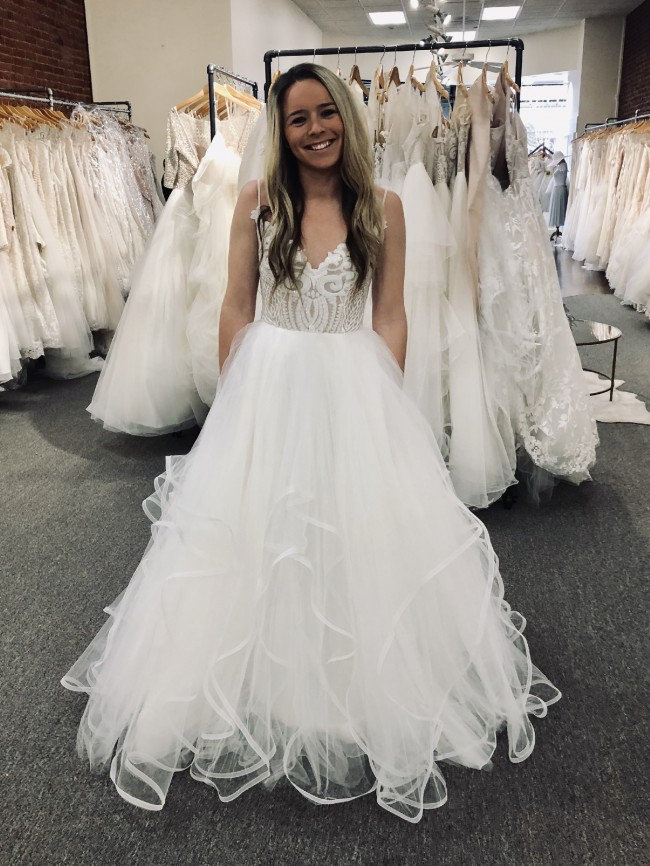 412bb1ad Hayley Paige Blush Pepper 1700 New Wedding Dress on Sale 26% Off ...