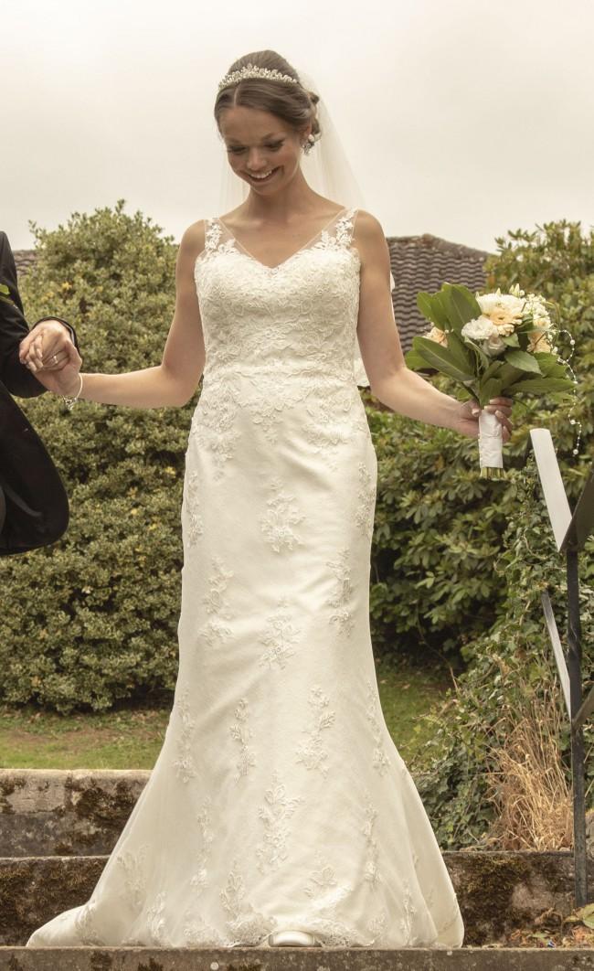 Anna Sorrano Diana - with veil