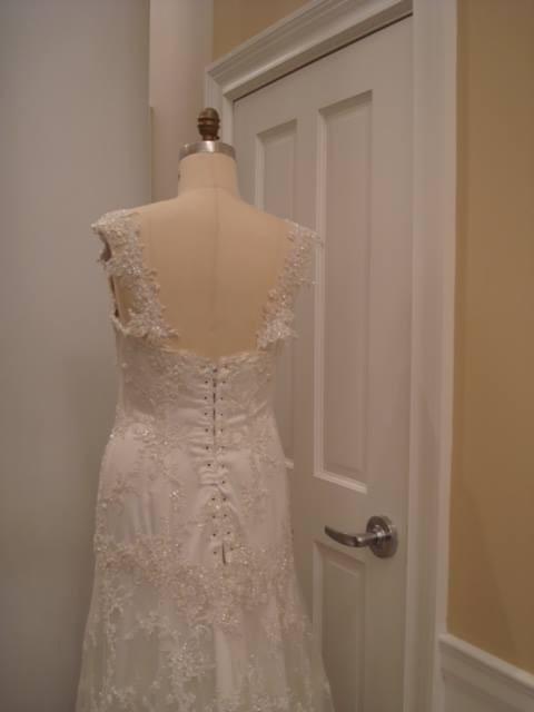 fd199a5b19a3 Pnina Tornai Style NLHA Wedding Gown Second Hand Wedding Dress on Sale 66%  Off - Stillwhite Australia