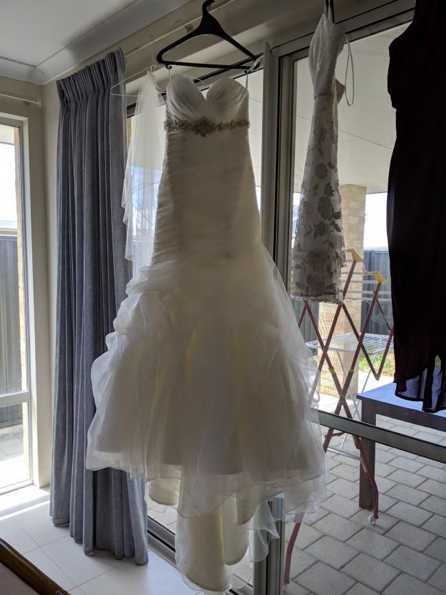 Allure Bridals, Champagne