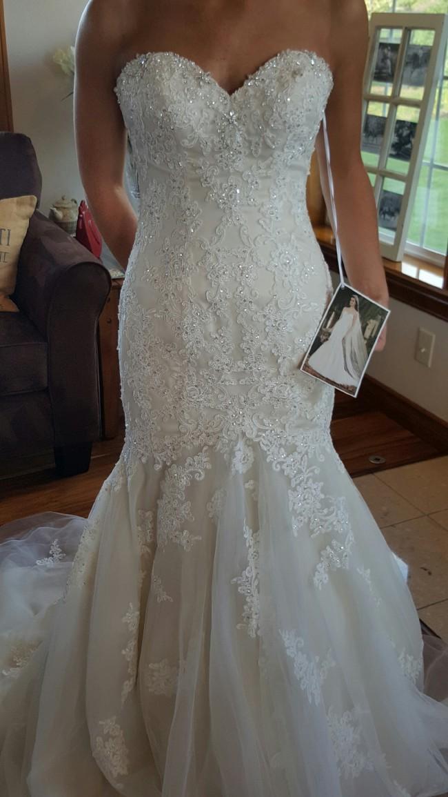 44973a65998c Essense of Australia D1900DMLU New Wedding Dress on Sale 53% Off ...
