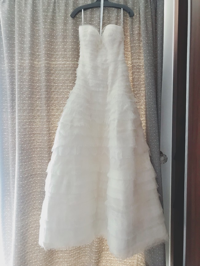 Oscar de la Renta, 77E12 ivory bridal gown lace wedding dress