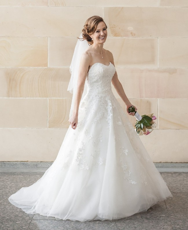 Hobnob Bridal, A-Line