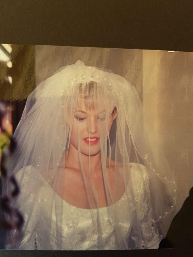 La Belle Bridal, H691VT