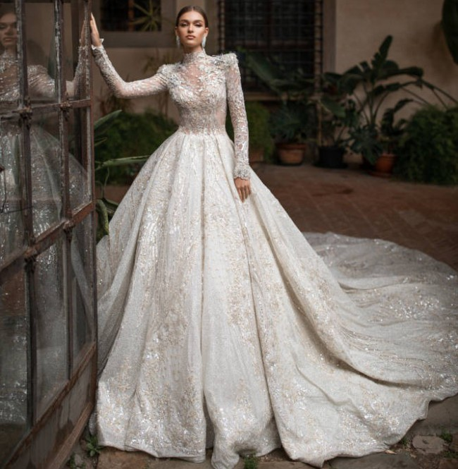Milla Nova Helen Gown - Royal collection
