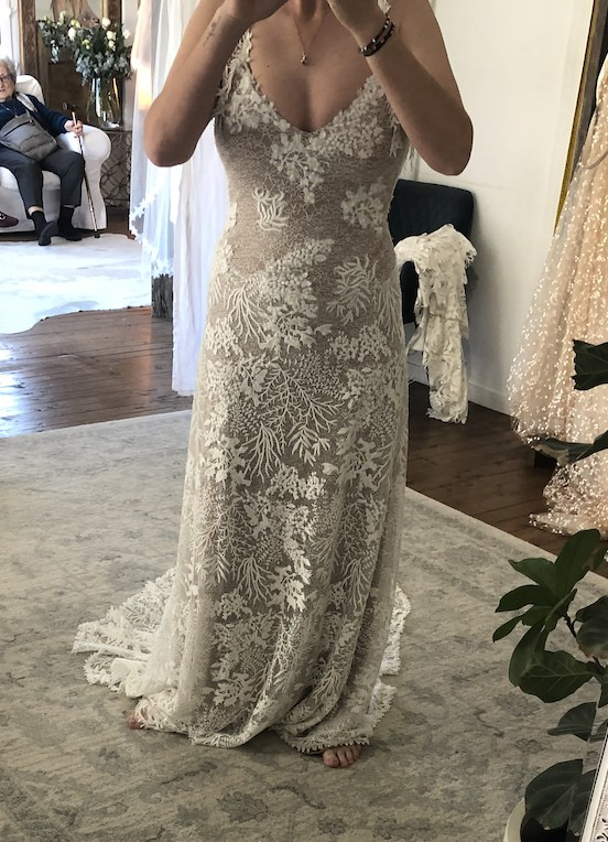 Grace Loves Lace Sol with 80cm Train (never worn)