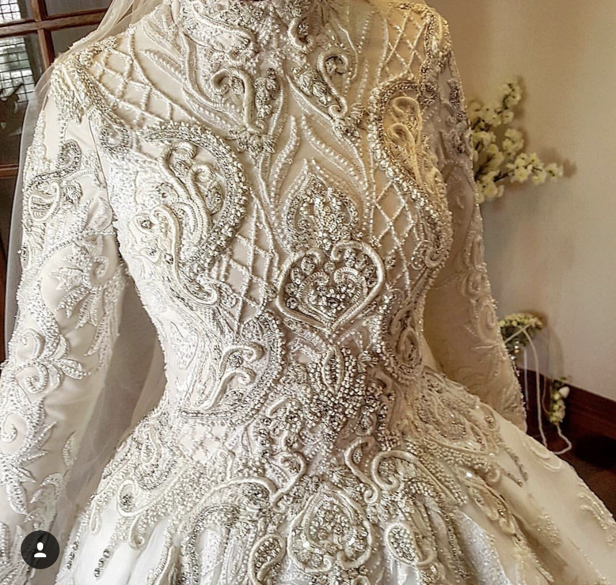 Second Hand Wedding Gown: Zian Couture Custom Made Second Hand Wedding Dress On Sale