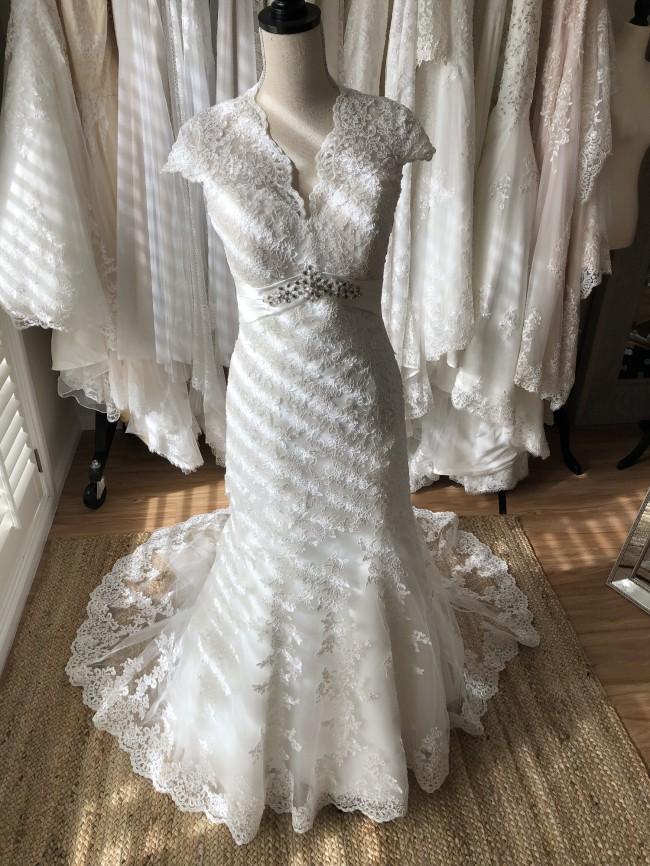 Unique Bridal Collection SS002