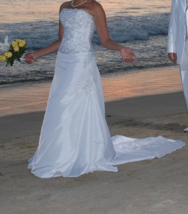 Maggie Sottero Tenille 2 Piece Second Hand Wedding Dress On Sale