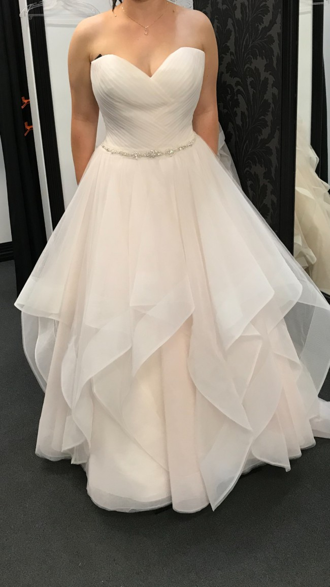 Allure Bridals F191004