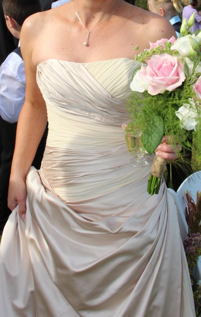 Elizabeth De Varga, Ball Gown