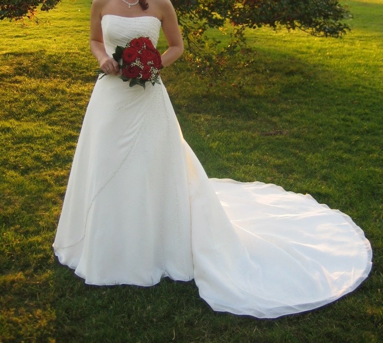 Maggie Sottero Martina Preowned Wedding Dress On Sale 47