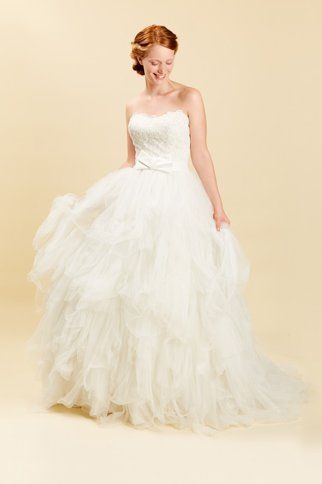 Rosa Clara, Ona - Brides do Good