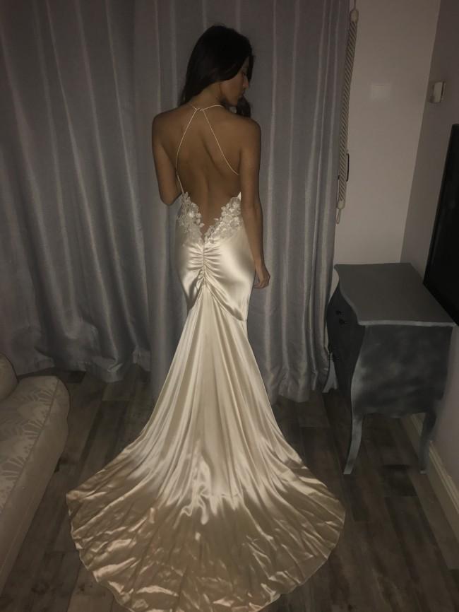 6eea721a Elizabeth Fillmore New Wedding Dress on Sale 29% Off - Stillwhite ...