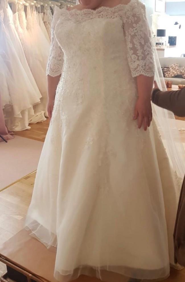 Bonny Bridal 1614