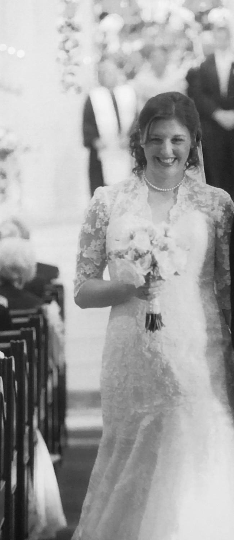 Allure Bridals 8900