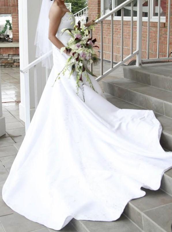 Bonny Bridal, 7705