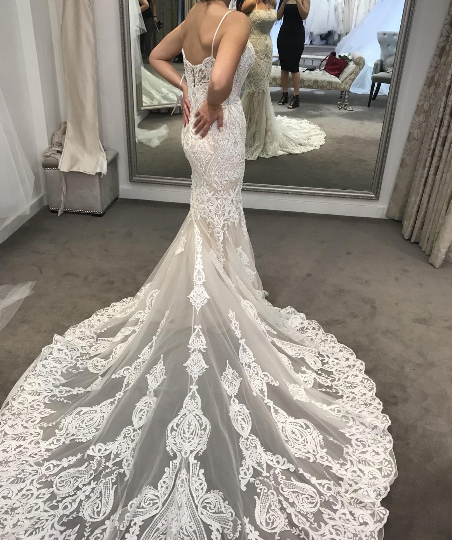 Badgley Mischka Avita Used Wedding Dress On Sale 71% Off