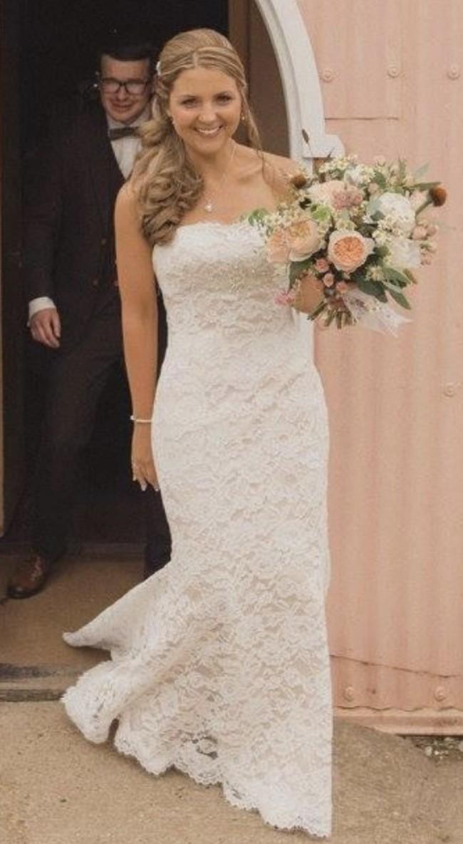 White Rose Bridal